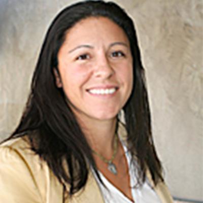 Nikki Hinostro